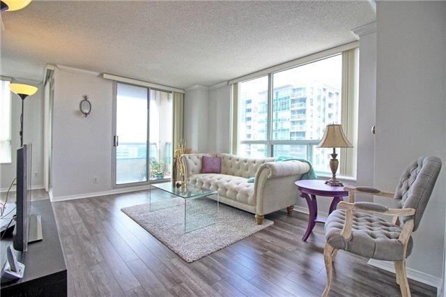 Condo Apartment at 238 Doris Ave, Unit 2511, Toronto, Ontario. Image 6