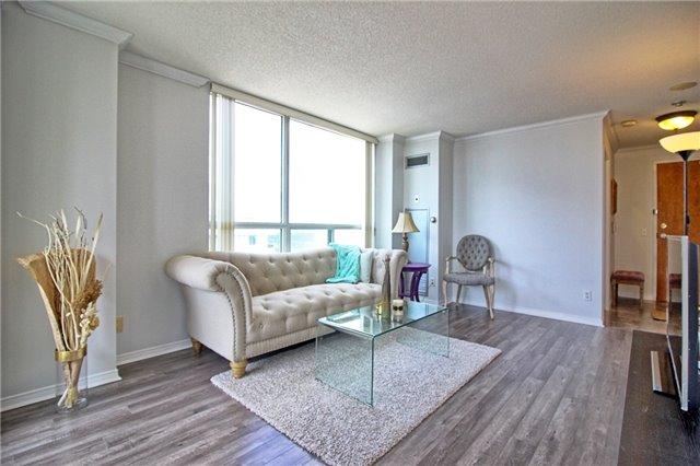 Condo Apartment at 238 Doris Ave, Unit 2511, Toronto, Ontario. Image 7