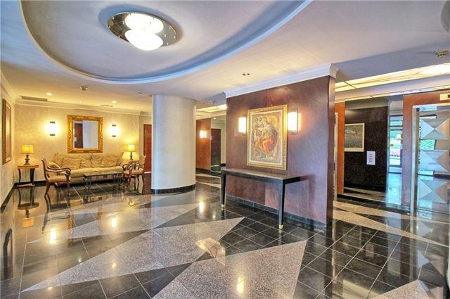 Condo Apartment at 238 Doris Ave, Unit 2511, Toronto, Ontario. Image 5