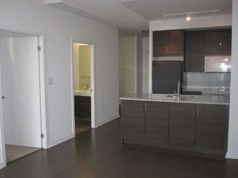 Condo Apartment at 70 Forest Manor Rd, Unit 305, Toronto, Ontario. Image 5