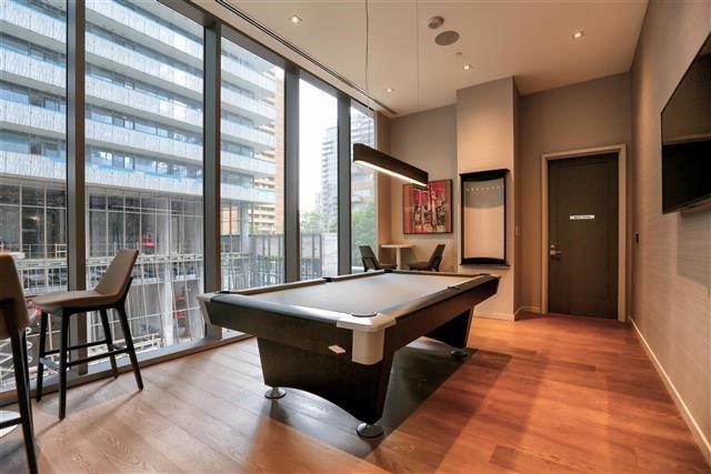 Condo Apartment at 42 Charles St E, Unit 1907, Toronto, Ontario. Image 10