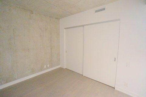 Condo Apartment at 39 Brant St, Unit 821, Toronto, Ontario. Image 8