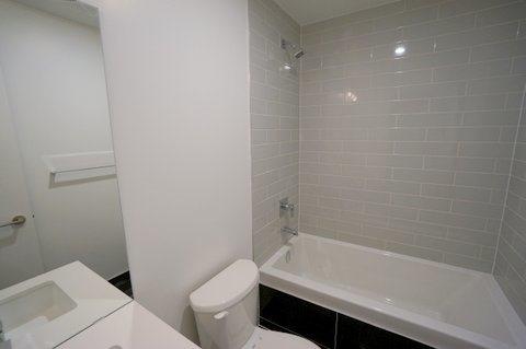 Condo Apartment at 39 Brant St, Unit 821, Toronto, Ontario. Image 9