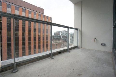 Condo Apartment at 39 Brant St, Unit 821, Toronto, Ontario. Image 10