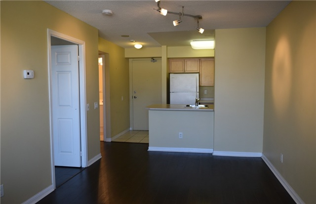 Condo Apartment at 153 Beecroft Rd, Unit 607, Toronto, Ontario. Image 18