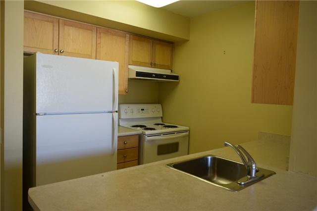 Condo Apartment at 153 Beecroft Rd, Unit 607, Toronto, Ontario. Image 3