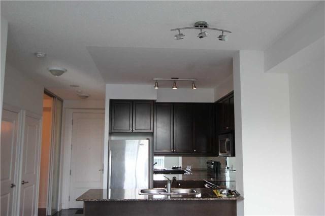 Condo Apartment at 10 Bloorview Pl, Unit 511, Toronto, Ontario. Image 5