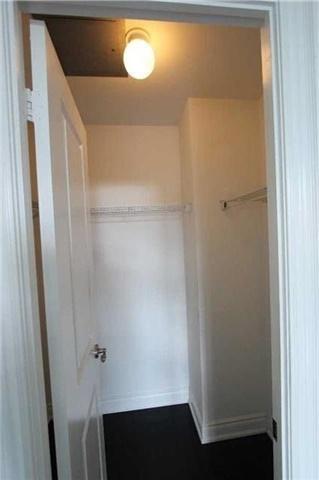 Condo Apartment at 10 Bloorview Pl, Unit 511, Toronto, Ontario. Image 7