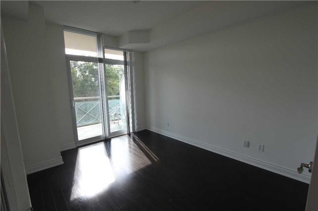 Condo Apartment at 10 Bloorview Pl, Unit 511, Toronto, Ontario. Image 9