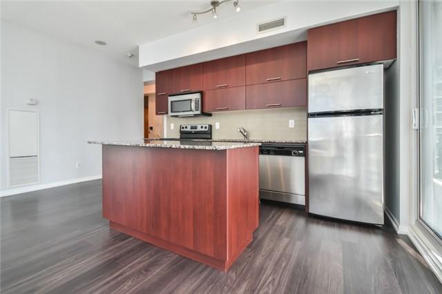 Condo Apartment at 55 Bremner Blvd, Unit 1307, Toronto, Ontario. Image 8