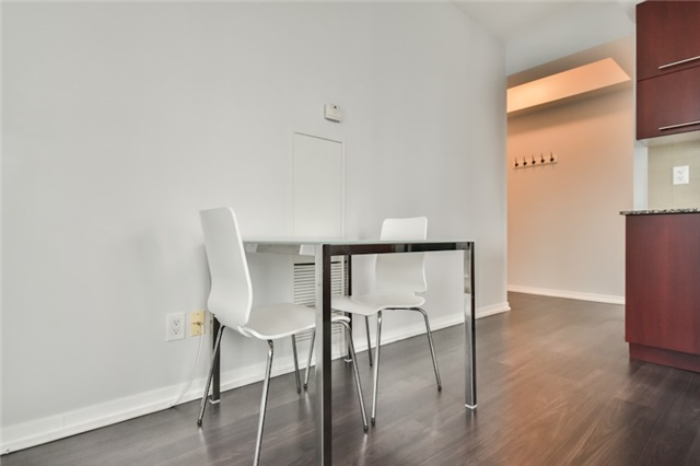 Condo Apartment at 55 Bremner Blvd, Unit 1307, Toronto, Ontario. Image 11