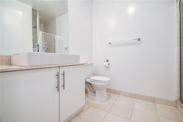 Condo Apartment at 55 Bremner Blvd, Unit 1307, Toronto, Ontario. Image 2