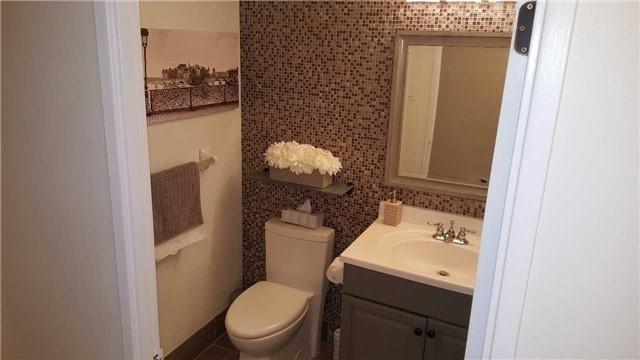 Condo Apartment at 133 Torresdale Ave, Unit Ph1, Toronto, Ontario. Image 17