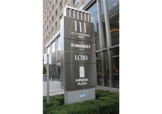 Condo Apartment at 111 St Clair Ave W, Unit 1513, Toronto, Ontario. Image 2