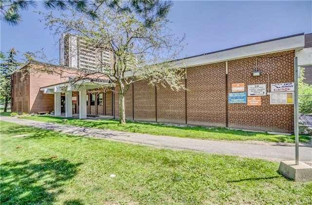Condo Apartment at 175 Hilda Ave, Unit 502, Toronto, Ontario. Image 1