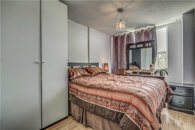 Condo Apartment at 175 Hilda Ave, Unit 502, Toronto, Ontario. Image 7