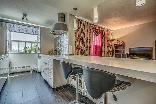 Condo Apartment at 175 Hilda Ave, Unit 502, Toronto, Ontario. Image 9