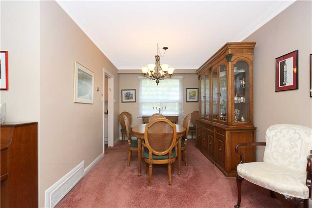 Detached at 42 Clifton Ave, Toronto, Ontario. Image 20