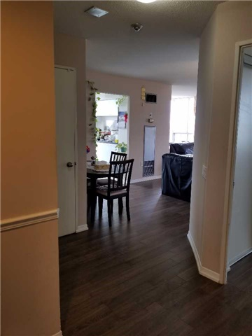 Condo Apartment at 21 Overlea Blvd, Unit 1004, Toronto, Ontario. Image 11