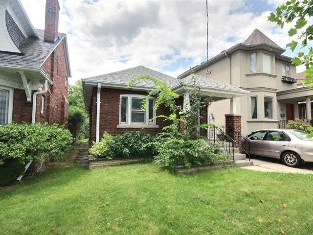Detached at 14 Whitewood Rd, Toronto, Ontario. Image 1