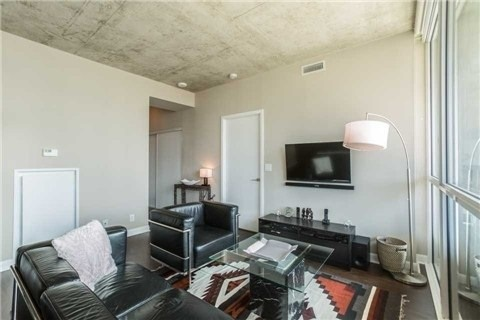 Condo With Common Elements at 478 King St W, Unit 613, Toronto, Ontario. Image 3