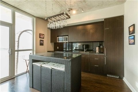 Condo With Common Elements at 478 King St W, Unit 613, Toronto, Ontario. Image 6