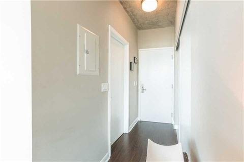 Condo With Common Elements at 478 King St W, Unit 613, Toronto, Ontario. Image 9