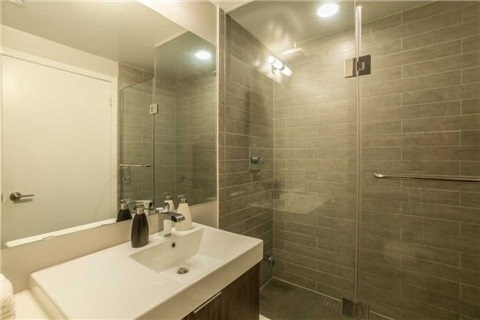 Condo With Common Elements at 478 King St W, Unit 613, Toronto, Ontario. Image 10