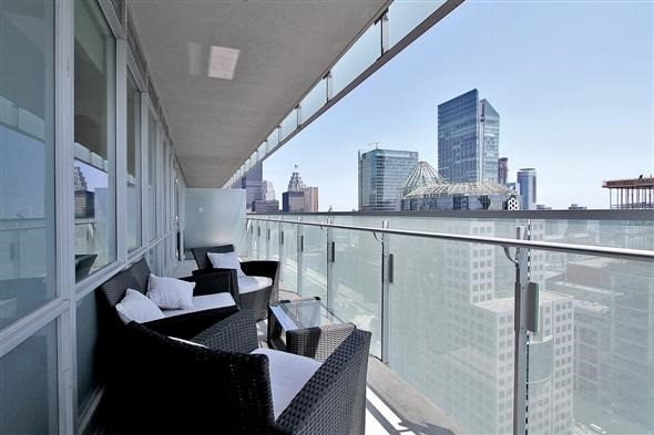 Condo Apartment at 80 John St, Unit 3402, Toronto, Ontario. Image 16