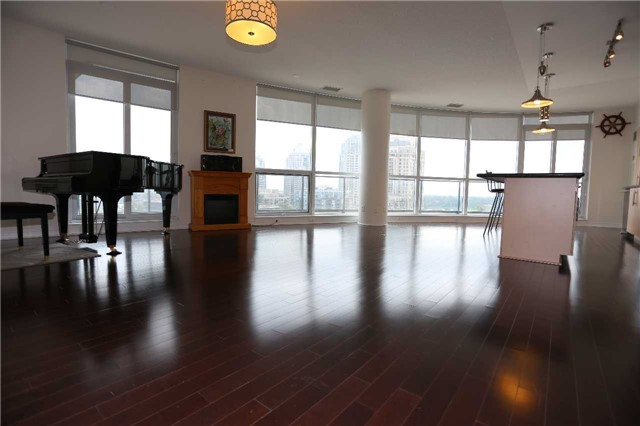 Condo Apartment at 2885 Bayview Ave, Unit 708, Toronto, Ontario. Image 1