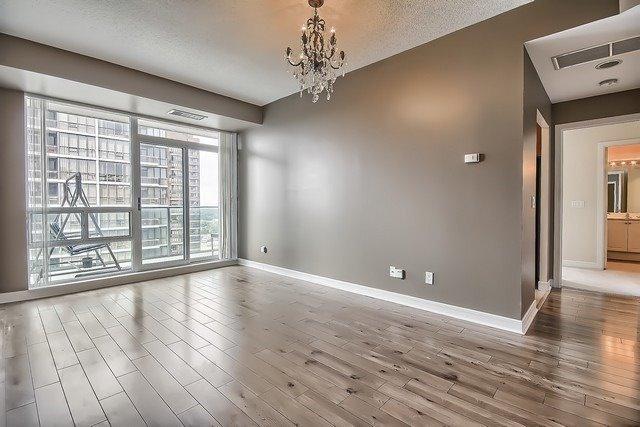 Condo Apartment at 31 Bales Ave, Unit Ph207, Toronto, Ontario. Image 17