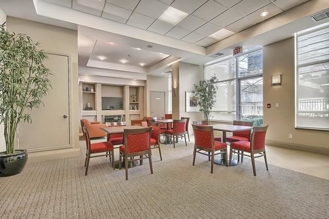 Condo Apartment at 31 Bales Ave, Unit Ph207, Toronto, Ontario. Image 9