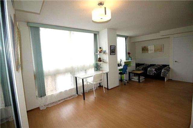 Condo Apartment at 5 Kenneth Ave, Unit 608, Toronto, Ontario. Image 16