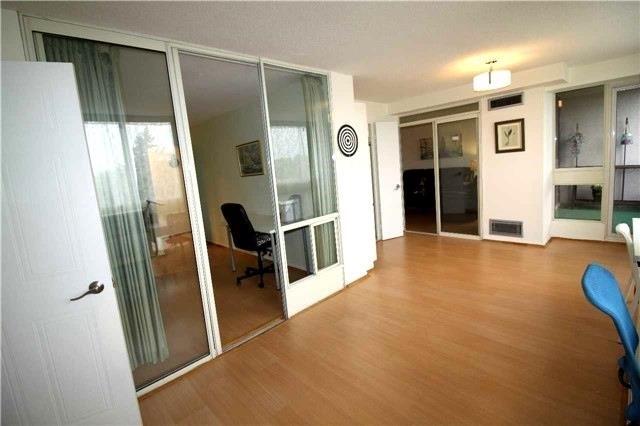 Condo Apartment at 5 Kenneth Ave, Unit 608, Toronto, Ontario. Image 17