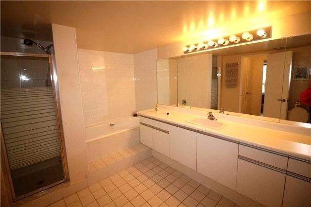 Condo Apartment at 5 Kenneth Ave, Unit 608, Toronto, Ontario. Image 7
