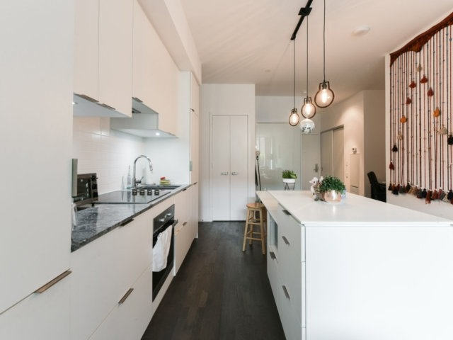 Condo Apartment at 5 St Joseph St, Unit 219, Toronto, Ontario. Image 4