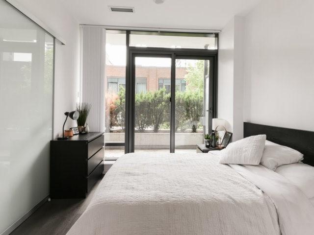 Condo Apartment at 5 St Joseph St, Unit 219, Toronto, Ontario. Image 9