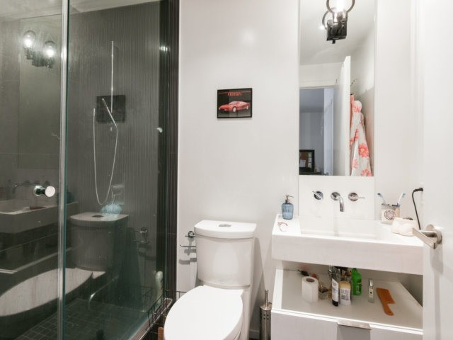 Condo Apartment at 5 St Joseph St, Unit 219, Toronto, Ontario. Image 13