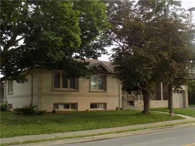 Detached at 191 Overbrook Pl E, Toronto, Ontario. Image 4