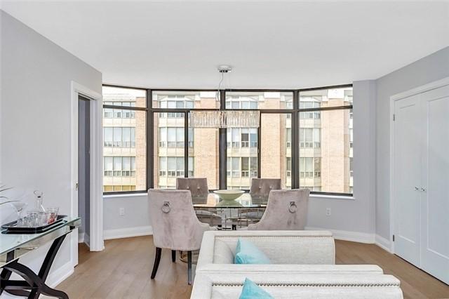 Condo Apartment at 135 George St S, Unit 906, Toronto, Ontario. Image 10