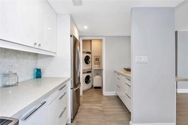 Condo Apartment at 135 George St S, Unit 906, Toronto, Ontario. Image 13