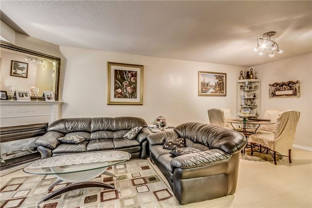 Condo Townhouse at 3 Everson Dr, Unit 202, Toronto, Ontario. Image 15