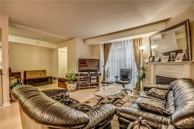 Condo Townhouse at 3 Everson Dr, Unit 202, Toronto, Ontario. Image 17