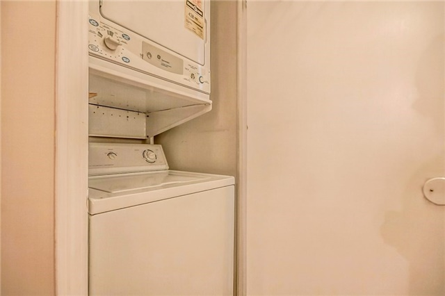Condo Townhouse at 3 Everson Dr, Unit 202, Toronto, Ontario. Image 11