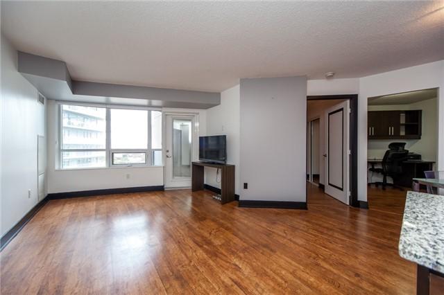 Condo Apartment at 20 Blue Jays Way, Unit 1101, Toronto, Ontario. Image 15