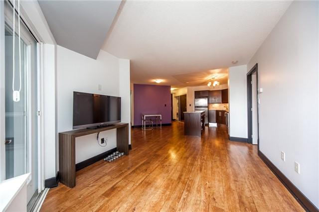 Condo Apartment at 20 Blue Jays Way, Unit 1101, Toronto, Ontario. Image 16