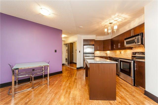 Condo Apartment at 20 Blue Jays Way, Unit 1101, Toronto, Ontario. Image 18
