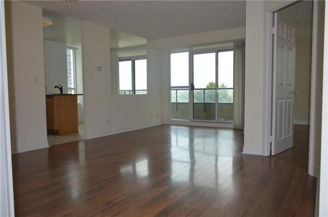 Condo Apartment at 23 Hollywood Ave, Unit 705, Toronto, Ontario. Image 12
