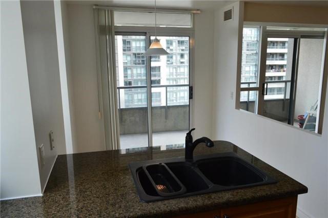 Condo Apartment at 23 Hollywood Ave, Unit 705, Toronto, Ontario. Image 17