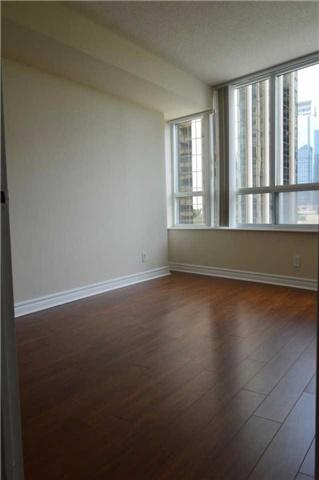 Condo Apartment at 23 Hollywood Ave, Unit 705, Toronto, Ontario. Image 2